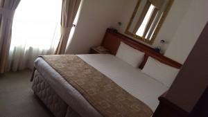 Sängarna på hotellet