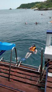 Bad från båt