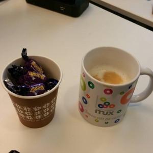 Kaffe och godis hade kollegan fixat